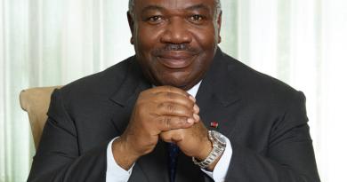 Gabon – zamach na rodzinny biznes?
